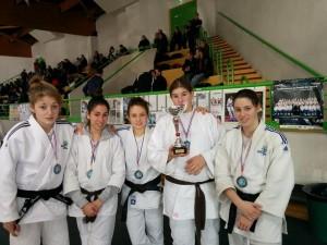 Equipe Féminine aux Championnats du VDM cadets 2013