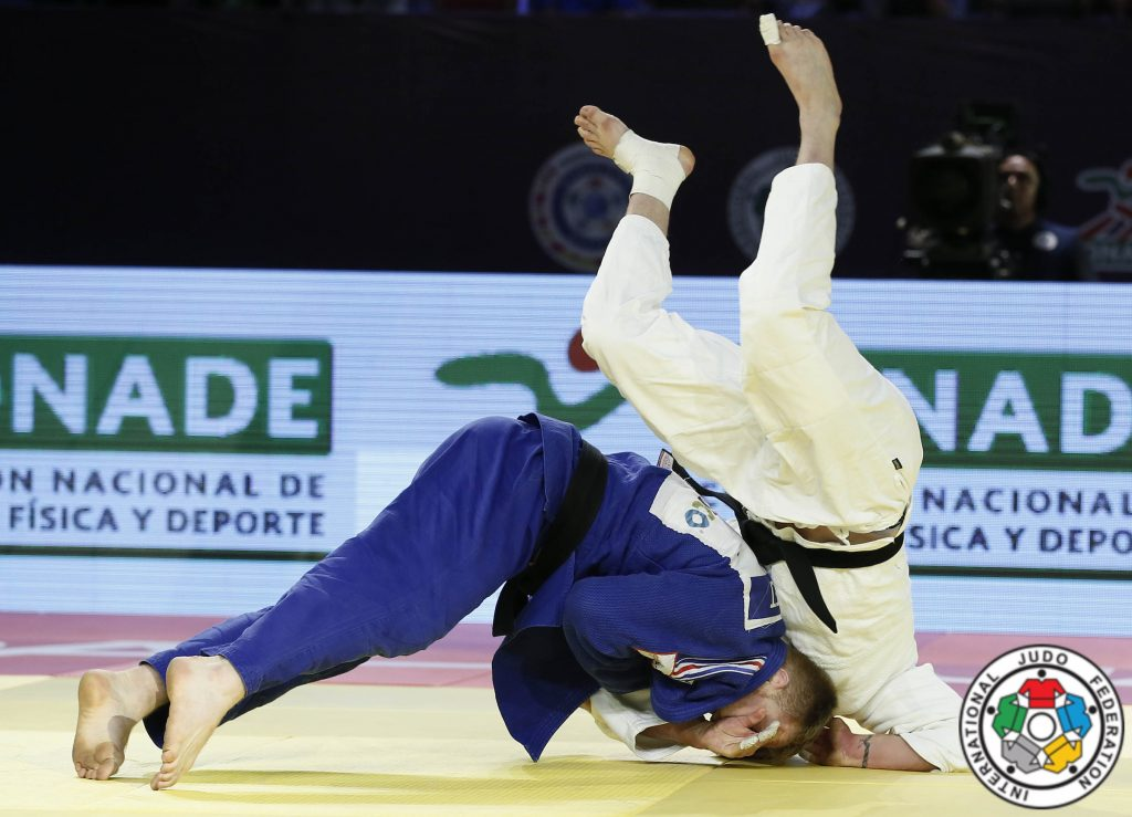 Axel Clerget contre Mihael Zgank au Master de Guadalajara - Crédit : © IJF Media by G. Sabau